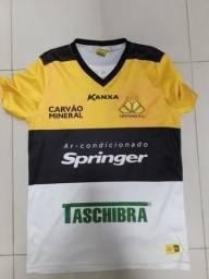 Rara camisa Criciuma usada em jogo