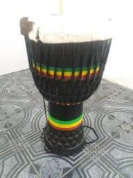Tambor djambê africano