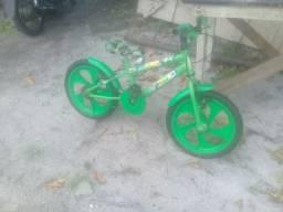 Bicicleta infantil ,sou de Guarapari