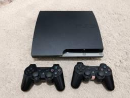 Playstation 3 Slim 320 gb - 2 controles