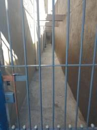 Casa em condomínio - 1 dormitório sem garagem - Parada XV - Itaquera