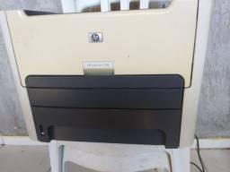 Impressora HP Laserjet 1320 bem conservada