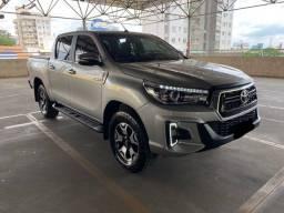 Hilux STD Turbo Diesel 4x4 2017