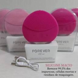Esponja Elétrica de Limpeza Facial Forever Rosa<br><br>