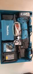 uma multicortadora A bateria