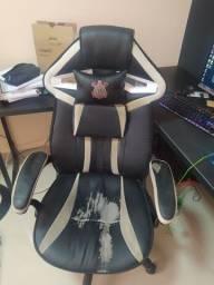 Cadeira gamer usada