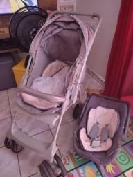 Título do anúncio: Vende-se bebê conforto e  carrinho