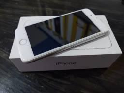 iPhone 8 seminovo 64 gb
