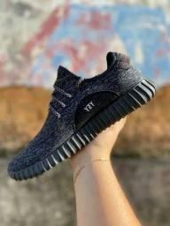 Tênis Adidas Yzy