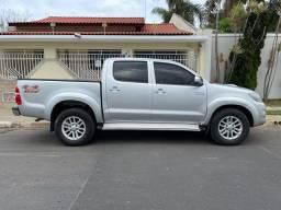 Título do anúncio: Toyota Hilux 3.0 SRV 2013 TOP Controle tração / Aceito trocas financio 60x