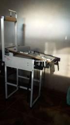 Vende-se máquina de fralda manual