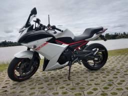 Vendo moto XJ 6 F