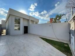 Casa com 3 Quartos e 4 banheiros à Venda, 180 m²