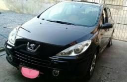 Título do anúncio: Pegout 307 2010 aceito troca por outro carro de menor valor  Cel. 41 98420 _3098