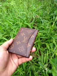 Vendo carteira Porta cartões Louis Vuitton