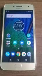 Moto G5 plus com 32G memória interna novinho sem nenhum problema