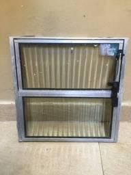 Título do anúncio: Basculante de Aluminio e vidro