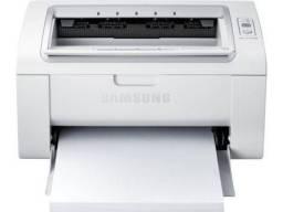 Monitor e impressora a laser
