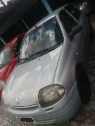 Clio 2001 4portas R$8.900.. Miro 11 98959.9239