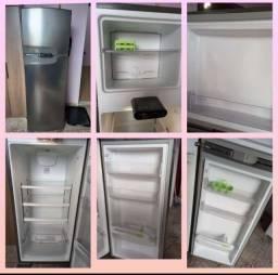 Título do anúncio: Vendo geladeira cônsul  inox 2 porta