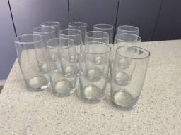 Conjunto com 12 copos de vidro 400ml