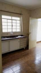 Casa com 1 dormitório para alugar, 75 m² por R$ 900,00/mês - Jardim Utinga - Santo André/S