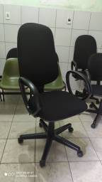 Cadeira reformada de presidente