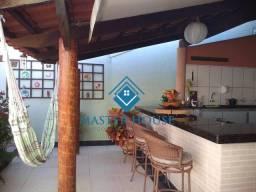 Casa setor Recantos das emboabas Aparecida de Goiânia com 03 quartos Sendo uma suíte