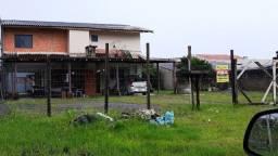 Saraju vende sobrado em Guaratuba com aprox. 250 m² Ref. 80021