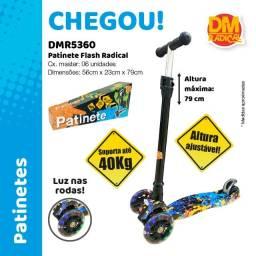 Título do anúncio: Patinete Infantil 3 Rodas Ajustável C/ Luz Led Lançamento