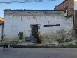 Vende-se Casa no Bairro Vicente Pinzon