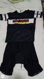 Vendo conjunto Bermuda e camiseta MTB