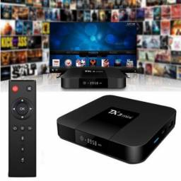 Tv box Tx3 Mini padrão 4K 16GB preto com memória RAM de 2GB