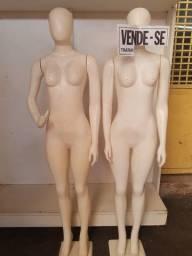 Título do anúncio: Manequins usado