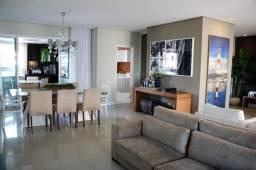 Apartamento com 208m, vista mar, sendo negociado de porteira fechada em Patamares - Salvad