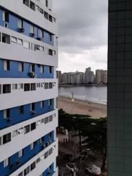 Alugo Apartamento de frente para a Praia - Reformado - S.Vicente