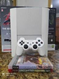 PlayStation 3 com jogos em até 12x no cartão