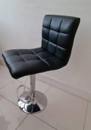 Cadeira giratoria preta