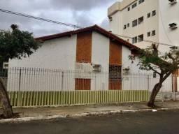 Casa  no centro de Petrolina disponível para fins comerciais.