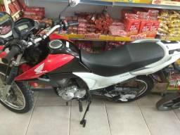 Vende-se esta moto - 2015