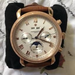 adb444984a3 Relógio masculino automático