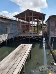 Vendo está casa em área de Ponte em fazer de construção