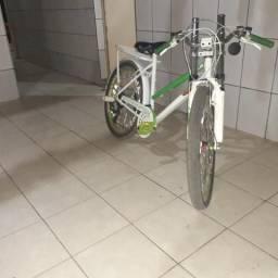 Vendo bike aro 24 só vendo ñ troco