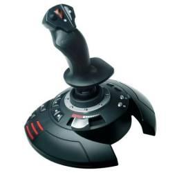 Joystick Thrustmaster t.flight stick x Compatível com pc/ps3 entrada usb .usado