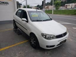 Fiat Palio HLX 1.8 - Apenas 3.900,00 de entrada - 2006