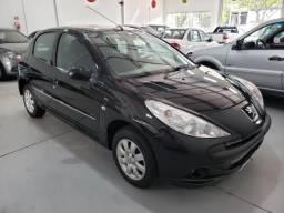 Financia 100% Peugeot 207 XR S 1.4 8v Flex