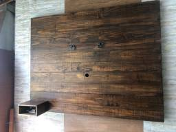 Lindo painel para TV de madeira