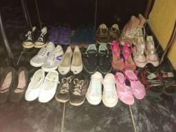 Lote de calçados para bazar