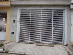 Sobrado no Demarchi, com 3 quartos, sendo 1 suíte e área útil de 101 m²