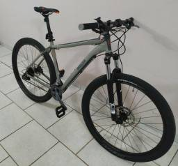 Bicicleta Breezer Storm Comp